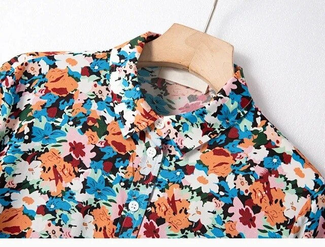 Women Shirt Spring / Summer 2020 New Tops Women Single-breasted Lapel Shirt with Floral Print