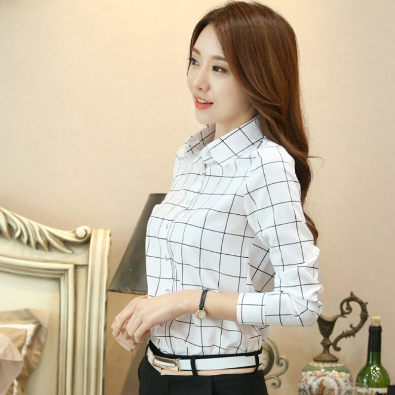 Women white plaid blouses and shirts long sleeved turn-down collar casual tops 2020 autumn winter fashion shirts female