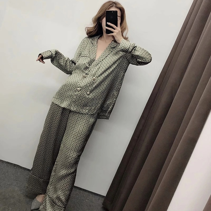 Aachoae Women Geometric Blouse Batwing Long Sleeve Loose Shirt Female Pearl Pocket Notched Neck Ladies Blouses Tops Blusas Mujer