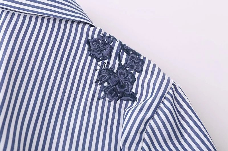 Fashion Women Flower Embroidery Side Slit Stripe Shirts Long Sleeve Blouse Casual Lady Tops Chemise Femme Blusas S1106