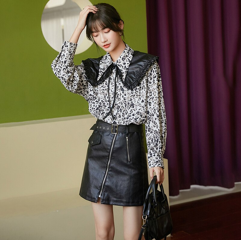 [EAM] Women Printed Pu Leather Big Size Blouse New Lapel Long Sleeve Loose Fit Shirt Fashion Tide Spring Autumn 2021 1DC863