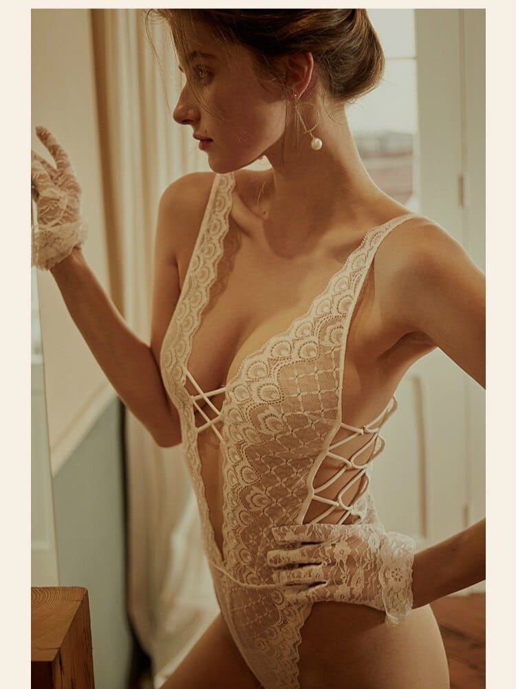 Sexy One-piece Bodysuit Women Fashion Clothes Hollowed Out Lace Floral Backless V Neck Spaghetti Strap Side Bandage Jumpsuit